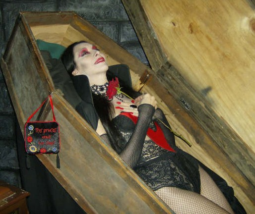 night frights evelle coffin
